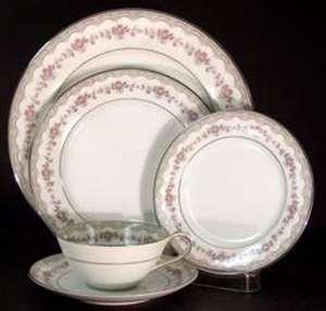 Picture of Noritake - Glenwood 5770 - Bread Plate