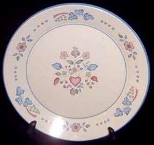 Picture of International - Sugar Plum - Salad Plate