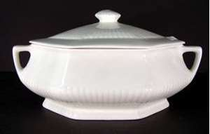 Picture of Adams - Empress White - Covered Bowl