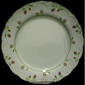 Picture of Nikko - Versailles 912 - Dinner Plate