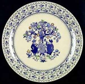 Picture of Johnson Brothers - Sugar & Spice ~ Blue 4413 - Dinner Plate