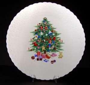 Picture of Mikasa - Christmas Spirit B2098 - Cake Plate