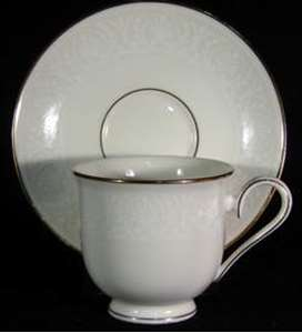 Picture of Lenox - Courtyard Gold - Cup and Saucer