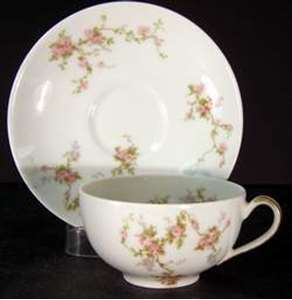 Picture of Haviland - Pink Sprays - Saucer