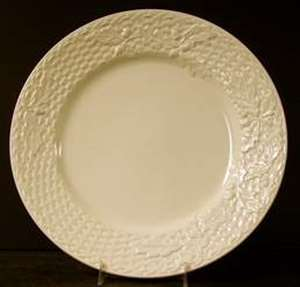 Picture of Mikasa - Woodland ED902 - Dinner Plate