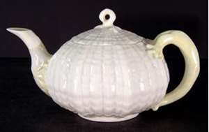 Picture of Belleek - Limpet~Yellow - Tea Pot