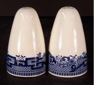 Picture of Japan China - Blue Willow - Salt and Pepper
