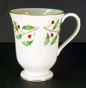 Picture of Lenox - Holiday - Carved Accent Mug