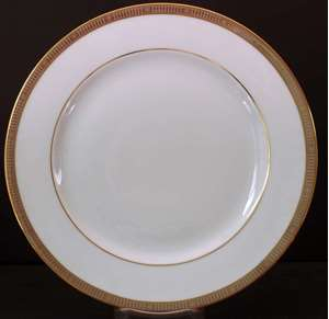 Picture of Bernardaud - Madison~Platinum/Black - Salad Plate