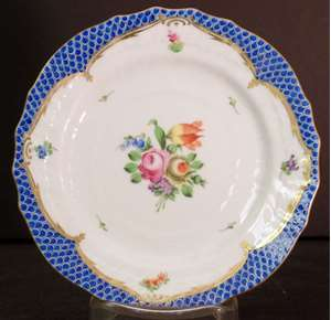 Picture of Herend - Printemps~Blue Border - Bread Plate