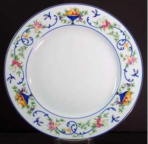 Picture of Haviland - Renaissance~Urns of Fruit - Dinner Plate