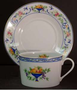 Picture of Haviland - Renaissance~Urns of Fruit - Cup and Saucer